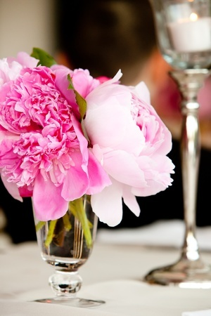 choosing flowers for your party