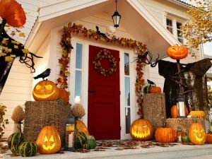 Halloween Bouquets to Decorate Your Home